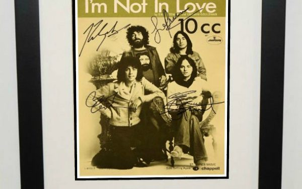 10 CC – I'm Not In Love