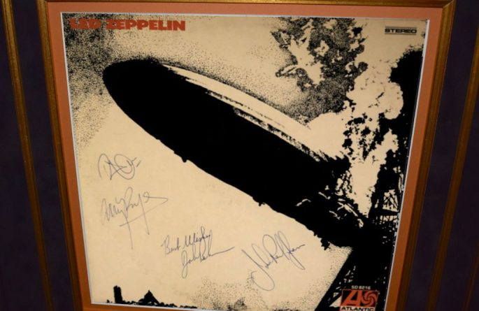 Led Zeppelin – Debut Release