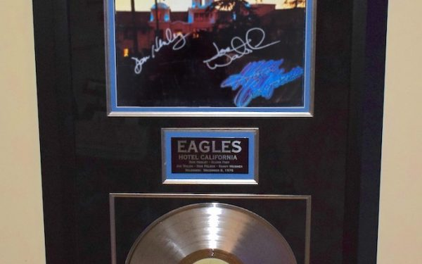 Eagles – Hotel California