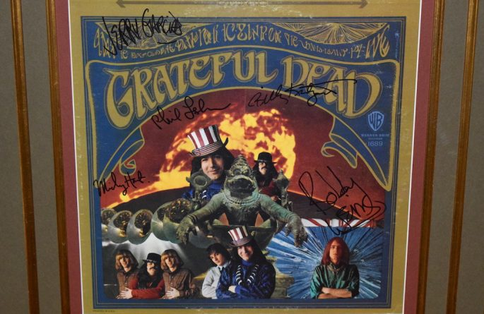 The Grateful Dead – Debut Release