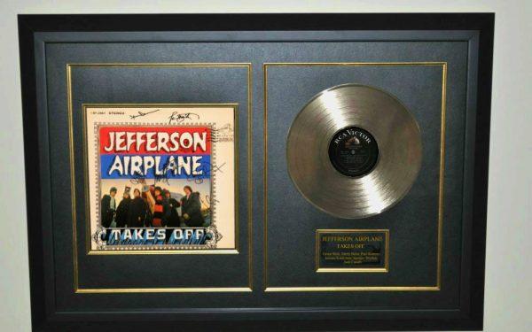 Jefferson Airplane – Takes Off