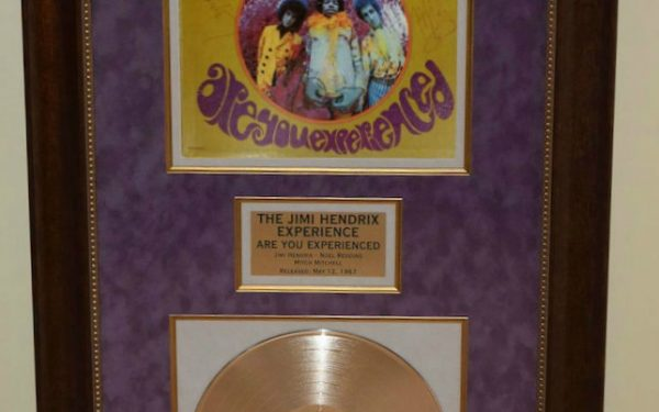 Jimi Hendrix – The Jimi Hendrix Experience Are You Experienced?