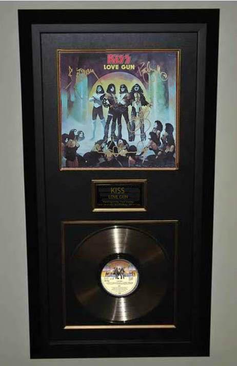 Kiss Love Gun Paul Stanley Gene Simmons Ace Frehley
