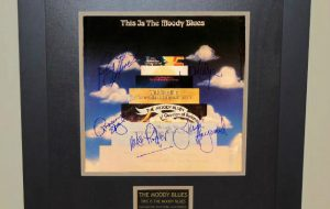 The Moody Blues  –  This Is The Moody Blues