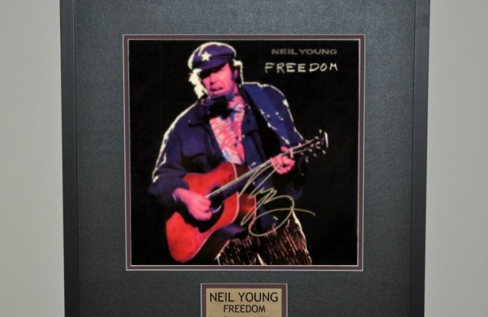 Neil Young – Freedom