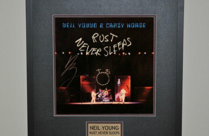 Neil Young – Rust Never Sleeps