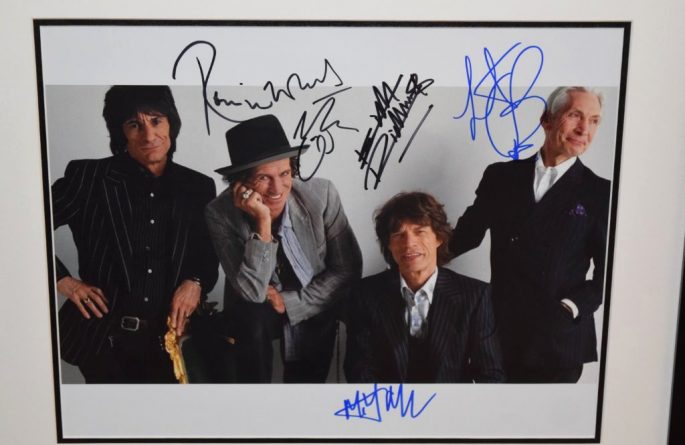 #4-Rolling Stones Signed 11×14 Photograph