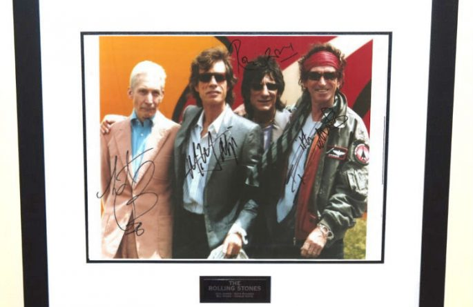 #5-Rolling Stones Signed 11×14 Photograph
