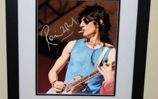 #2 Ronnie Wood Signed 8×10 Photograph