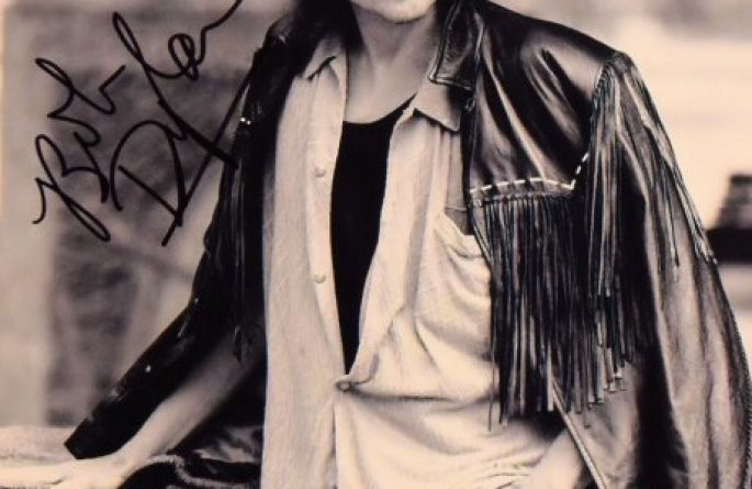 #3-Bob Dylan Signed 8×10 Photograph