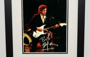 #6-Bob Dylan Signed 8×10 Photograph