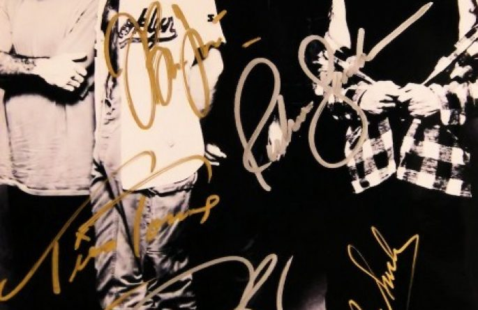 #2-Bon Jovi Signed 8×10 Photograph