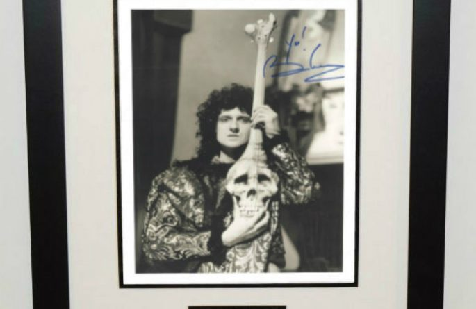 #3-Queen – Brian May Signed 8×10 Photograph