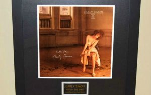 Carly Simon – Boys In The Trees