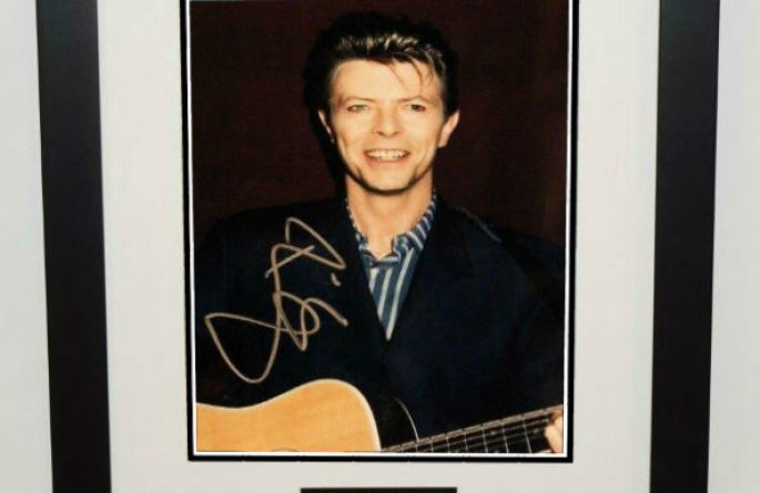 #7-David Bowie Signed 8×10 Photograph