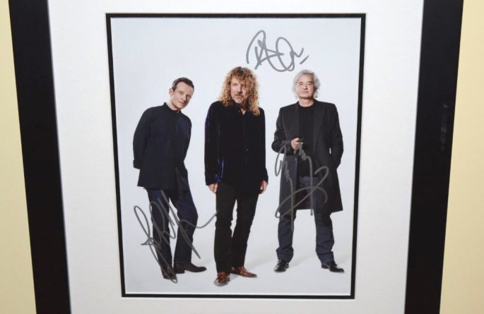 #2-Led Zeppelin Signed 8×10 Photograph