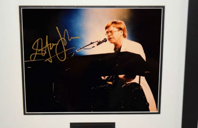 #1-Elton John Signed 8×10 Photograph