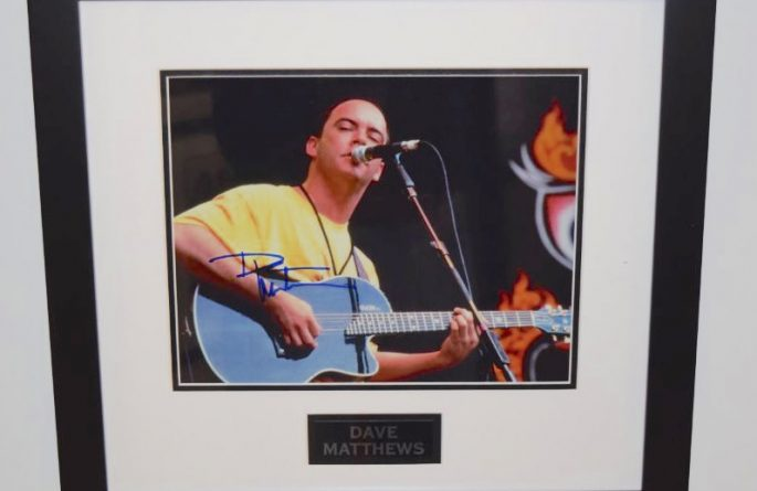 #3-Dave Matthews Signed 8×10 Photograph
