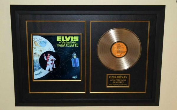 Elvis Presley – Aloha from Hawaii Via Satellite
