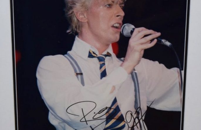 #6-David Bowie Signed 8×10 Photograph