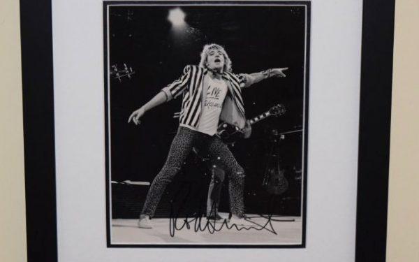 Rod Stewart Signed 8×10 Photograph