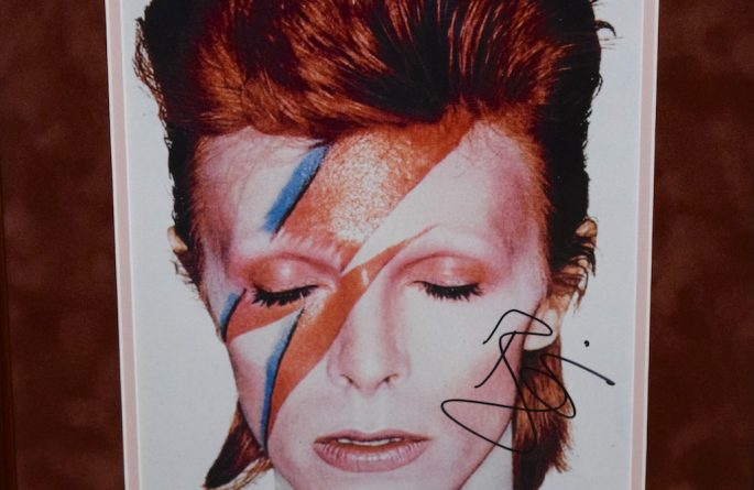 #1-David Bowie Signed 8×10 Photograph