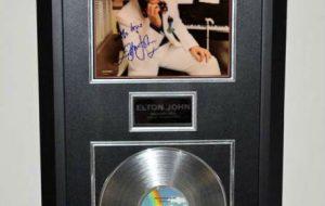 Elton John – Greatest Hits