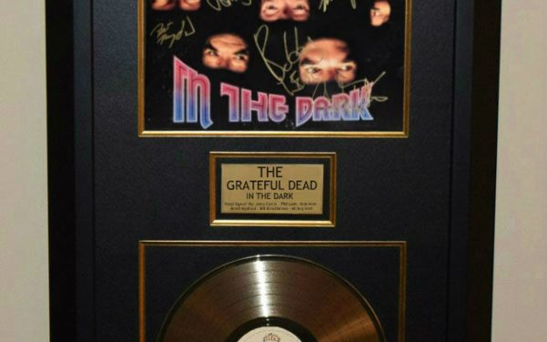 The Grateful Dead – In The Dark