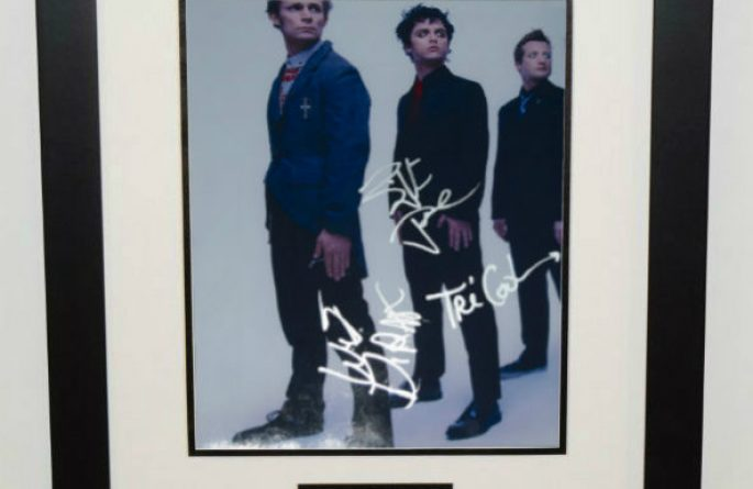 #1-Green Day Signed 8×10 Photograph