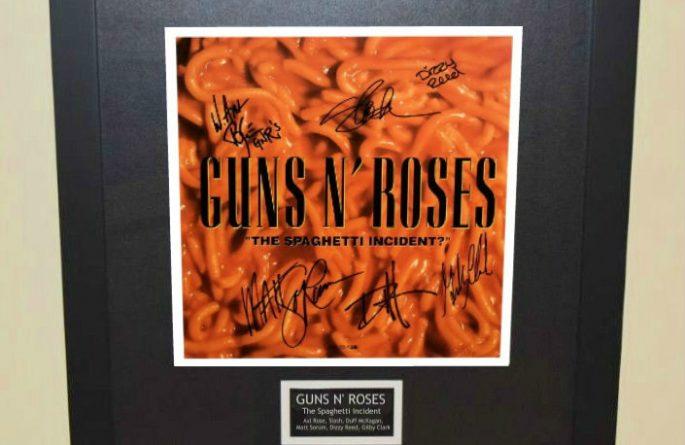 Guns N' Roses –The Spaghetti Incident?