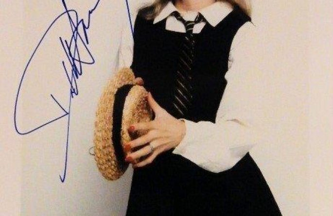 Deborah Harry Signed 8×10 Photograph