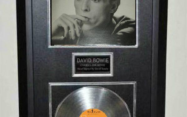 David Bowie – CHANGESONEBOWIE