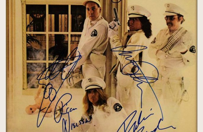 Cheap Trick – Dream Police