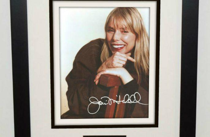 Joni Mitchell Signed 8×10 Photograph