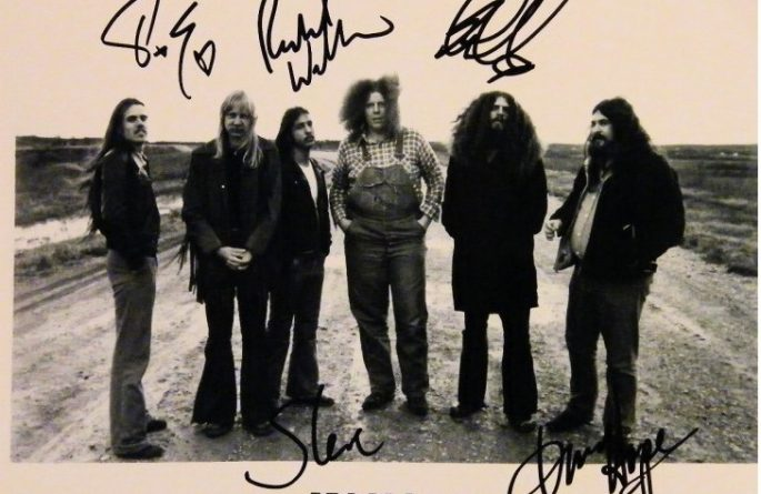 Kansas Signed 8×10 Photograph