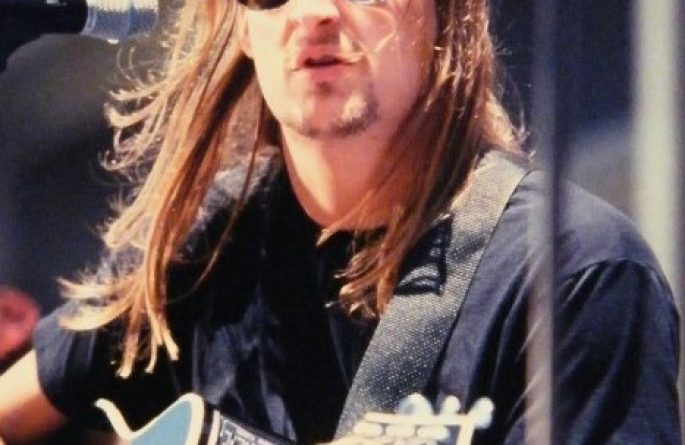 Kid Rock Signed 8×10 Photograph