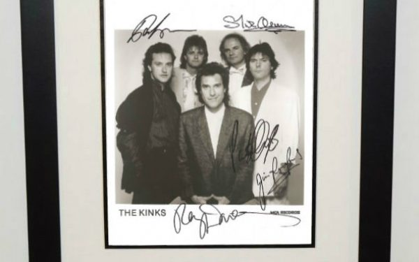 #1-The Kinks Signed 8×10 Photograph
