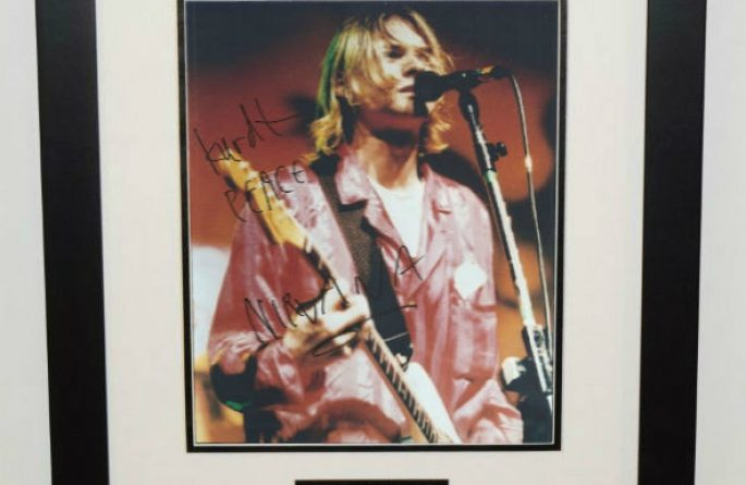 Kurt Cobain Signed 8×10 Photograph