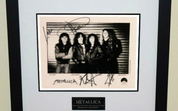 #2-Metallica Signed 8×10 Photograph