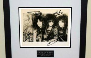 Motley Crue Signed 8×10 Photograph