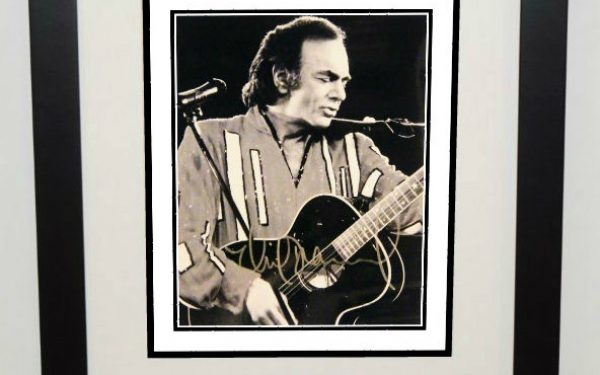 #1-Neil Diamond Signed 8×10 Photograph