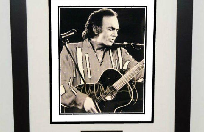 #1-Neil Diamond Signed 8×10 Photograph