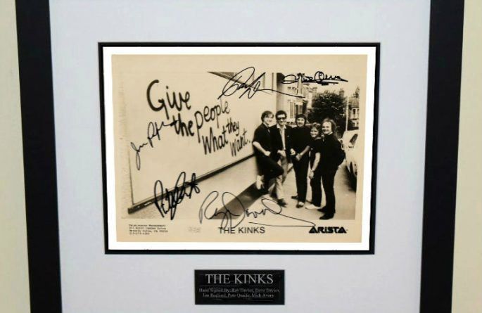 #2-The Kinks Signed 8×10 Photograph