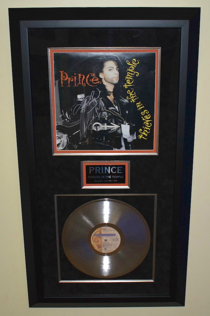 prince  thieves in the temple signed album cover  hand