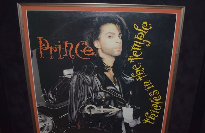 Prince – Thieves In The Temple