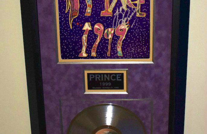 prince 1999 hand signed rock star gallery authenticityrock star gallery. Black Bedroom Furniture Sets. Home Design Ideas