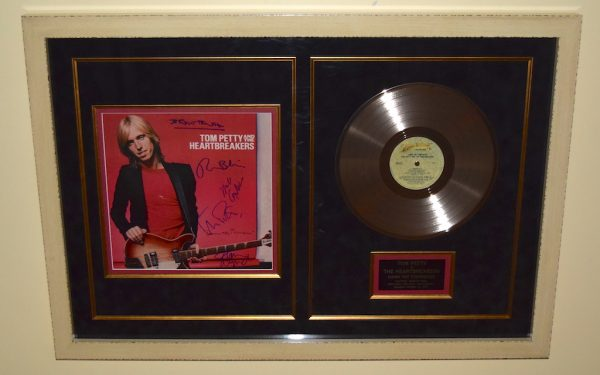 #2-Tom Petty & The Heartbreakers – Damn The Torpedoes
