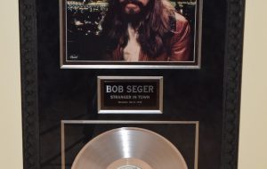 Bob Seger – Stranger In Town