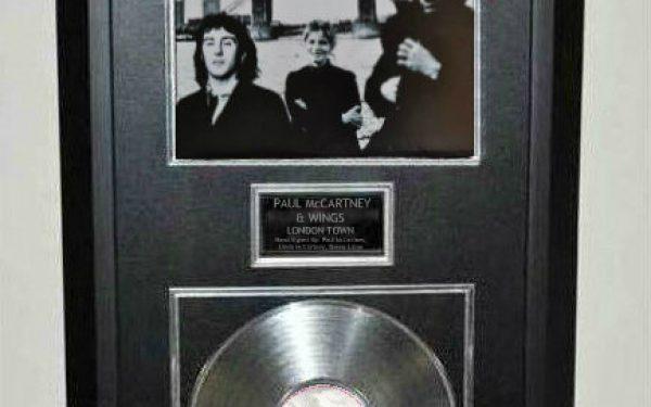 Paul McCartney, Wings – London Town