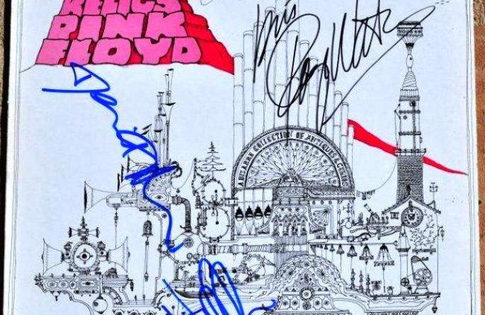 #2-Pink Floyd – Relics